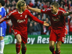 Fernando-Torres-Steven-Gerrard_2317633