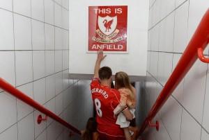 Steven-Gerrards-Anfield-Farewell (2)