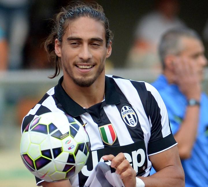why-martin-caceres-is-the-forgotten-juventus-player-who-will-explode-in-201516_1
