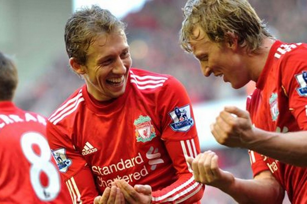 liverpool-fc-s-lucas-leiva-celebrates-a-goal-with-dirk-kuyt-578617577