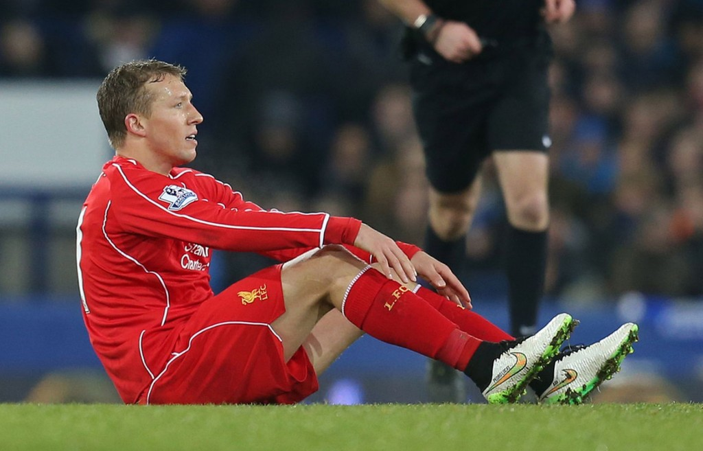 Lucas-Leiva-when-he-got-injured