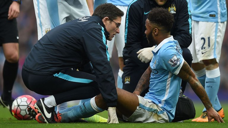 manchester-city-man-city-man-utd-manchester-united-sterling-injury_3434914