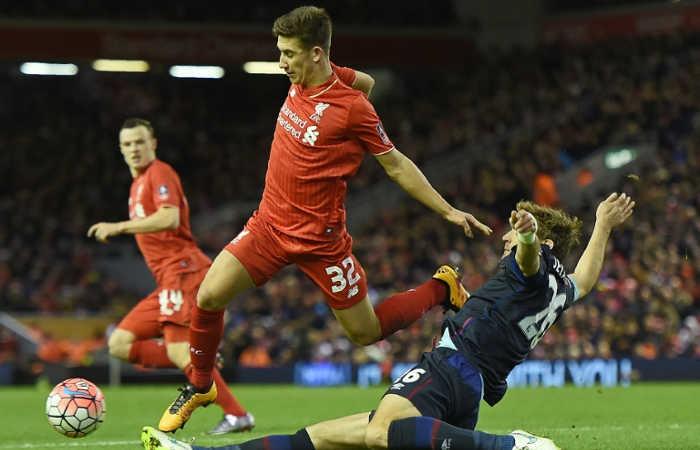 Liverpools-midfielder-Cameron-Brannagan