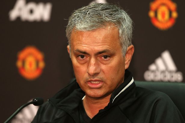 jose-mourinho-speaks-during-a-press-conference-to-announce-his-arrival