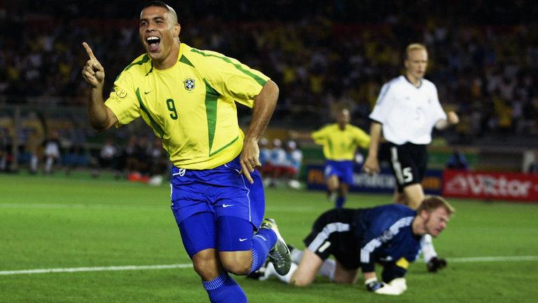 ronaldo-brazil-striker_3470525